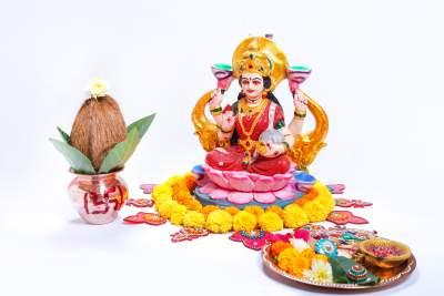 Haousewarming and lakshmi puja invitations